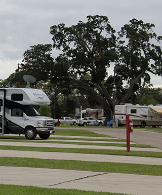 RV Park | 24 Hour Security, Full Hookups, WiFi | Boomtown